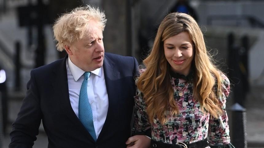 Британский премьер-министр Борис Джонсон тайно женился