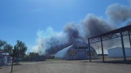 Очевидцы сообщают овзрывах наместе полыхающих складов вОмске— видео