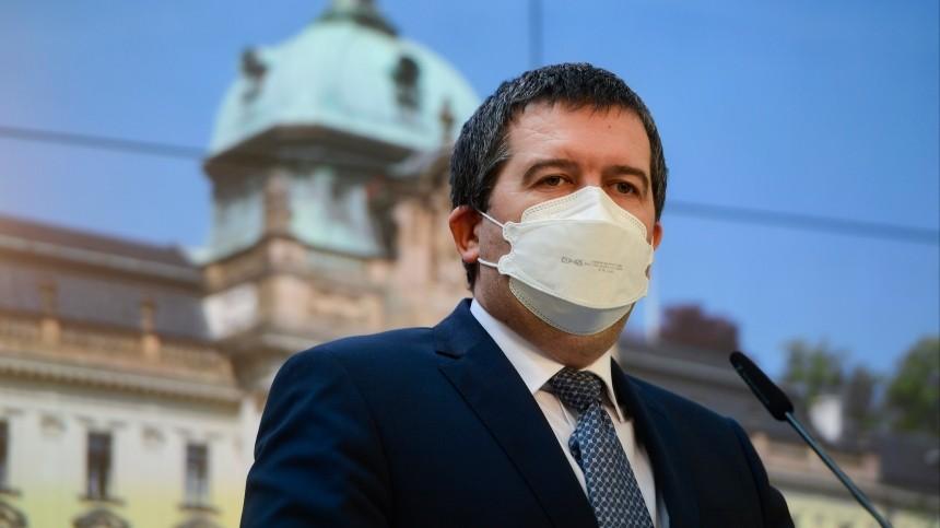 Глава МВД Чехии случайно рассекретил своих шпионов вРоссии
