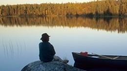 82-летний пенсионер сутки провел вледяной воде, держась заветку кустарника