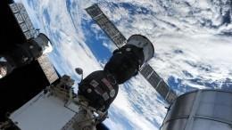 НаМКС появилась пробоина: космический мусор повредил манипулятор Canadarm2