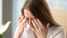 Врач предупредил осмертельной опасности лекарств отголовной боли