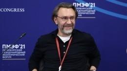 «Ограничение 30+»: Шнуров рассказал участникам «Большой перемены» огруппе «Зоя»