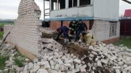 Трое детей погибли при обрушении дома под Воронежем— фото
