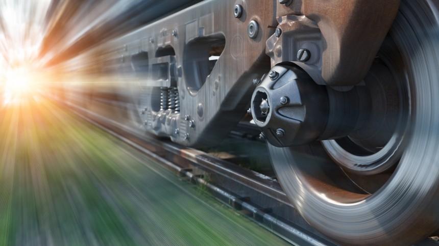Пассажирский поезд вКитае сбил железнодорожников: погибли девять человек