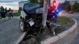 Один погиб, двое пострадали: момент чудовищного ДТП вНижневартовске попал навидео