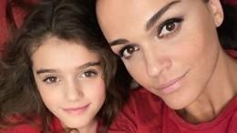 «Тьфу, раз-два дубля— иушла»: Младшая дочь Славы тоже станет певицей