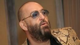 «Досих пор прихрамываю»: Шуфутинский пожаловался наосложнения после коронавируса