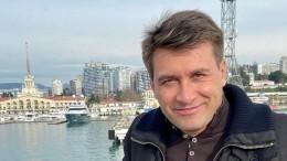 «Навсегда останешься всердце»: Буланова вслезах простилась сАнчуковым вПетербурге— видео