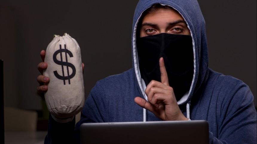 Сколько денег вмесяц телефонные мошенники крадут сосчетов россиян?