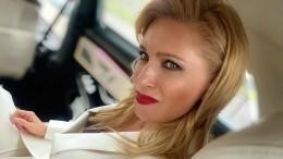 Олеся Судзиловская похвасталась роскошной фигурой— фото