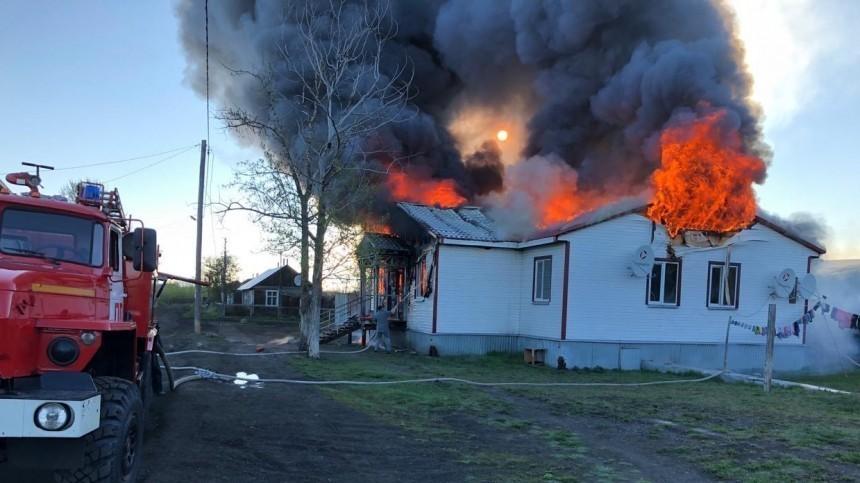 Два человека погибли врезультате жуткого пожара наКамчатке— фото