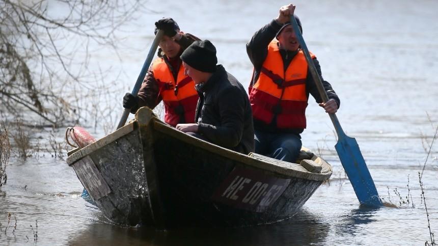 Жителей насевере Камчатки экстренно эвакуируют из-за паводка