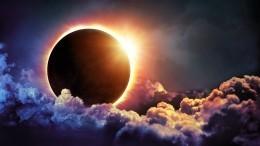 Первое за55 лет кольцеобразное затмение Солнца можно увидеть вРоссии