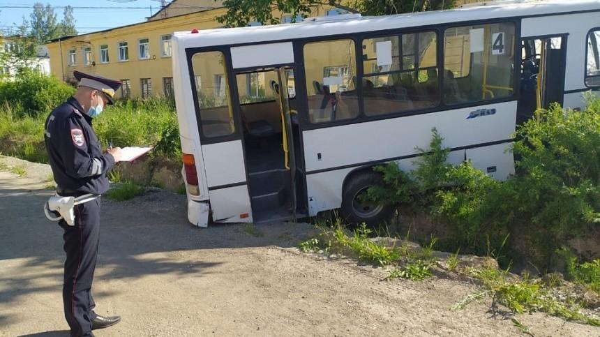 Наполной скорости «вошел» влюдей: новые подробности ДТП савтобусом наУрале