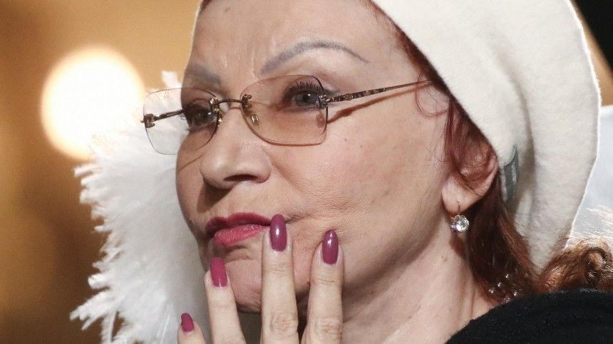 Почему Степаненко вборьбе сПетросяном осталась со«Старым дубом»