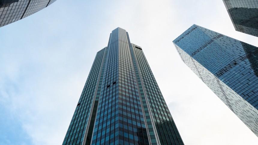Девушка выпала с86 этажа башни «ОКО» вбизнес-центре «Москва-сити»