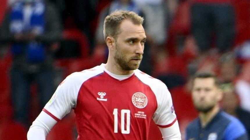 Последний матч? Как инцидент наигре Евро-2020 поставил крест накарьере датского футболиста Эриксена