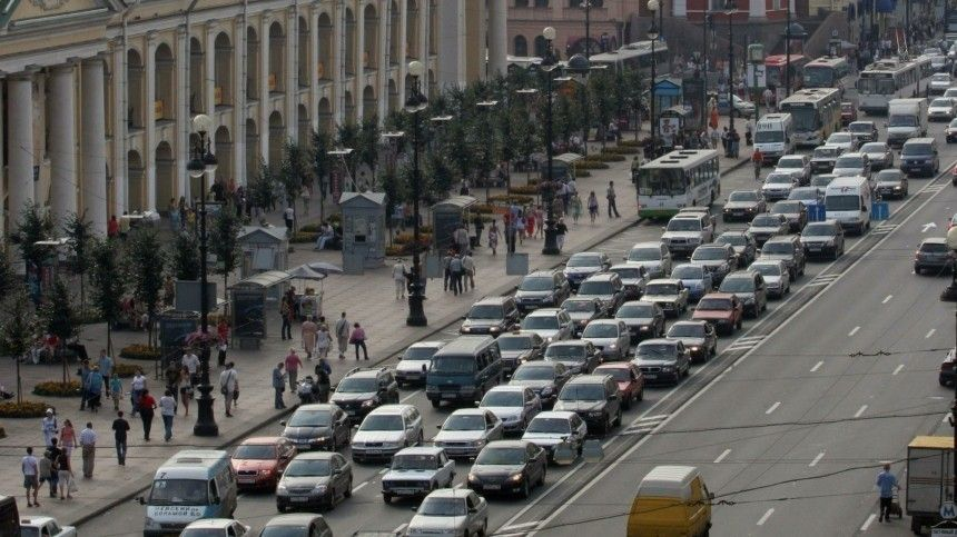 Дорожники предложили штрафовать россиян заиспользование шипованных шин летом