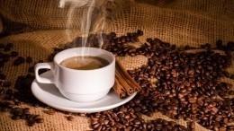 Чрезмерное употребление кофе может привести кслепоте