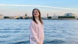 «Агде живот?»: Лиза Арзамасова озадачила подписчиков вобразе пастушки