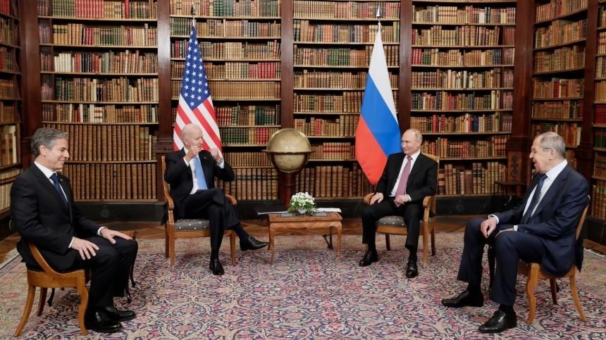 Беседа Путина иБайдена вузком составе завершилась