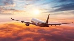 Из-за грозы иливней сотни пассажиров застряли ваэропорту Геленджика
