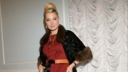 Влияние ТВ: Мария Максакова сняла стресс эротической фотосессией