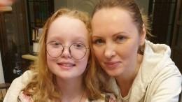 Звезда сериала «Кухня» устроила десятилетнюю дочь вкино