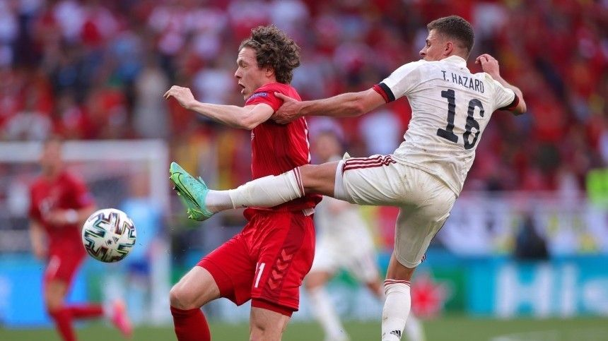 Бельгия небез труда одержала победу над Данией наЕвро-2020 ивышла вплей-офф