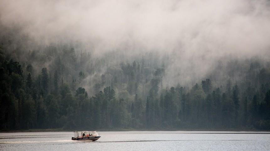 Страшнее, чем фильм ужасов: невероятный туман напугал туристов наБайкале