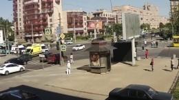 Без тормозов: момент столкновения маршрутки иавтобуса вПетербурге— видео