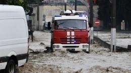 Взоне апокалипсиса: Ялта «задыхается» отпоследствий разгула стихии— видео скоптера