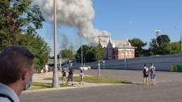 Склад пиротехники загорелся врайоне Лужников вМоскве