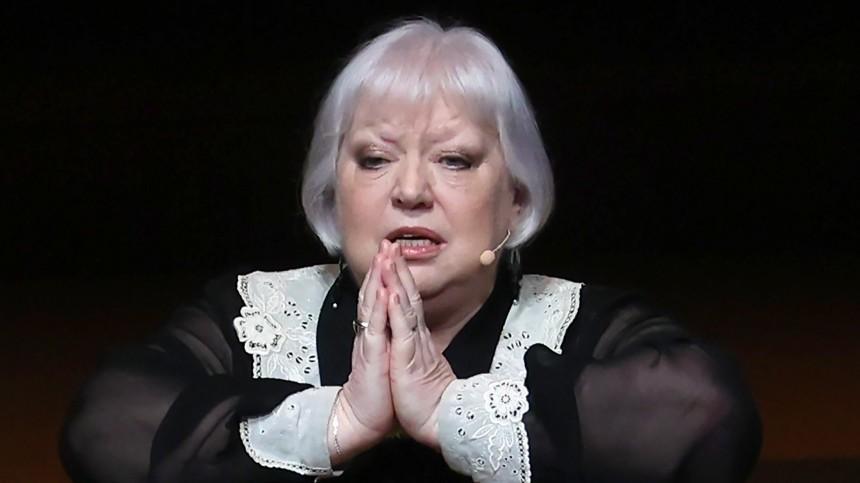 «Мне очень страшно!»— Светлана Крючкова пожаловалась наодиночество