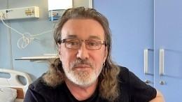 «Мыуже дома»: музыканта Владимира Кузьмина выписали избольницы