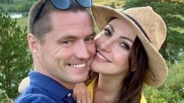 «Любовь пронизывает его»: Макеева поделилась секретом своего свадебного платья