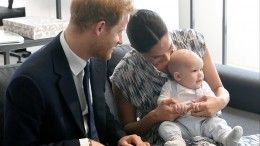 Меган Маркл выпустила детскую книгу оботношениях принца Гарри ссыном Арчи