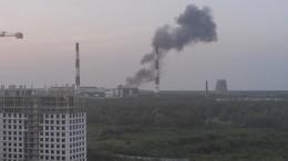 Видео первых минут после взрыва наСеверной ТЭЦ вПетербурге