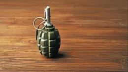 Мужчина заперся вквартире вКазани иугрожает взорвать гранату