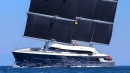 Умер владелец яхты «Черная жемчужина» миллиардер Олег Бурлаков