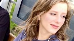 «Научилась сидеть»: Арзамасова показала свое фото вполугодовалом возрасте