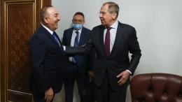 Сергей Лавров срабочим визитом прибыл вАнталью