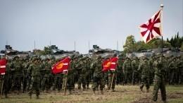 Министр обороны Японии забеспокоился из-за действий российских военных уКурил