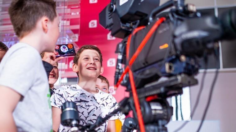 Экскурсии наПятый канал для детей— «Круто тыпопал наТВ!»