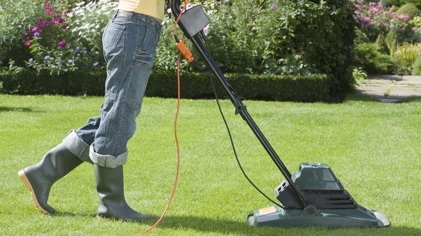 Лайфхак: Как сделать газонокосилку своими руками?