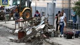 Видео: военные готовят лагерь «Артек» кприему детей после потопа