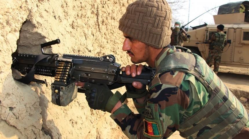 Таджикистан впустил отступивших после боев сталибами афганских военных