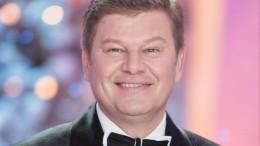 «Плюю вваши рожи!»— Губерниев ответил напопадание вчерный список Минкульта Украины
