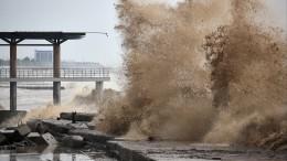 Вода вокна, смерчи ипервые жертвы: вСочи прогнозируют новые страшные последствия непогоды